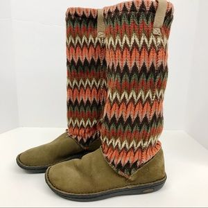 KEEN Womens Auburn Navajo Suede Boot Size 6